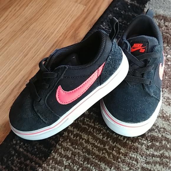 Nike SB Shoes Nike SB Satire II Gym RedWhite
